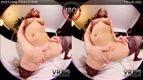 vrsexperience-banner-i-play-with-my-pussy-950x530